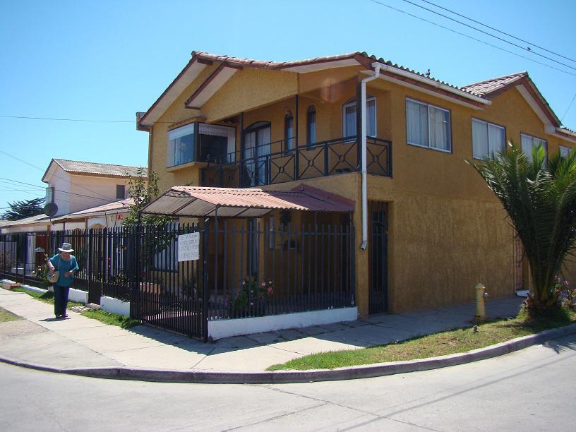 isla-de-pascua-3560-villa-la-playa--balmaceda-y-4-esquina-